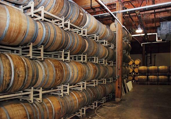 ワイン造りには莫大なコストがかかる。それでも新規参入は後を絶たない
