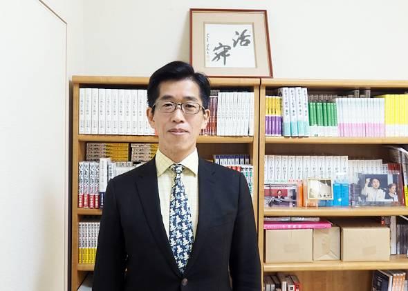 慶應義塾大学大学院 メディアデザイン研究科の岸博幸教授