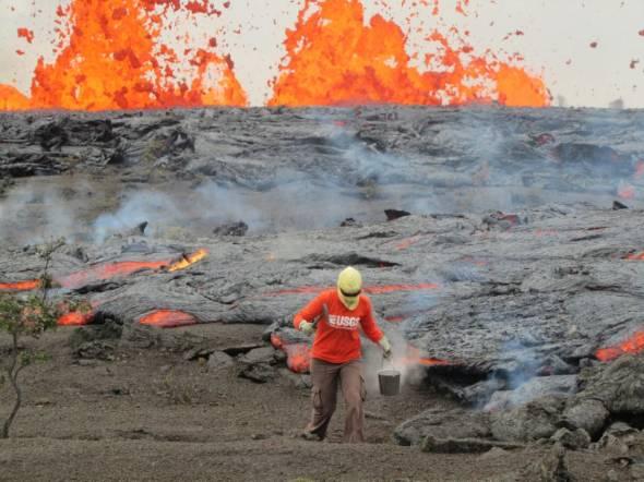 ハワイ火山噴火、科学者が自然に...