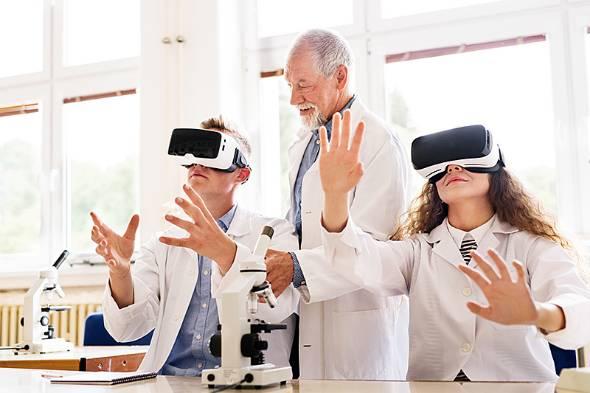 「Education」と「Technology」を組み合わせた造語である「EdTech」はわれわれの働き方を変える可能性があるかもしれないという(写真提供:ゲッティイメージズ)