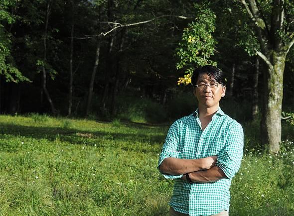 本城慎之介氏。三木谷浩史氏らとともに楽天の創業に携わる。30歳で楽天を退社後、教育の世界に身を投じる。現在は「軽井沢風越学園」の開校を目指している