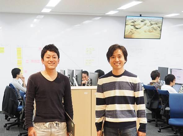 ビジネススクールを運営するグロービスが積極的なエンジニア採用に乗り出している。写真は同社にエンジニア第1号で入社した末永昌也さん(右)と、2017年に入社した田邉裕貴さん
