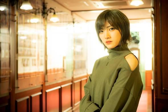 AKB48での活動に加えて、姉妹グループ・STU48ではキャプテンとして後輩メンバーを引っ張る岡田奈々さん。多忙な日々を送っている