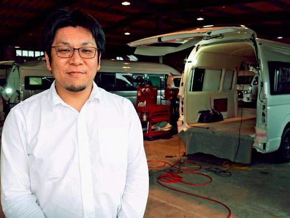 「沖縄発のブランドを売り込みたい」と話す藤井代表=12月14日、うるま市のトイファクトリーインターナショナル