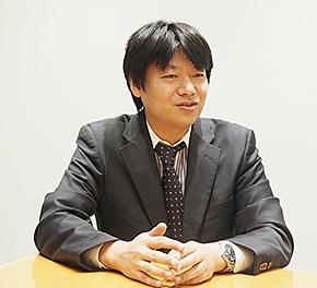 日本オラクル クラウドプラットフォーム戦略統括 ビジネス推進本部 ビジネス推進第2部 部長を務める桑内崇志氏