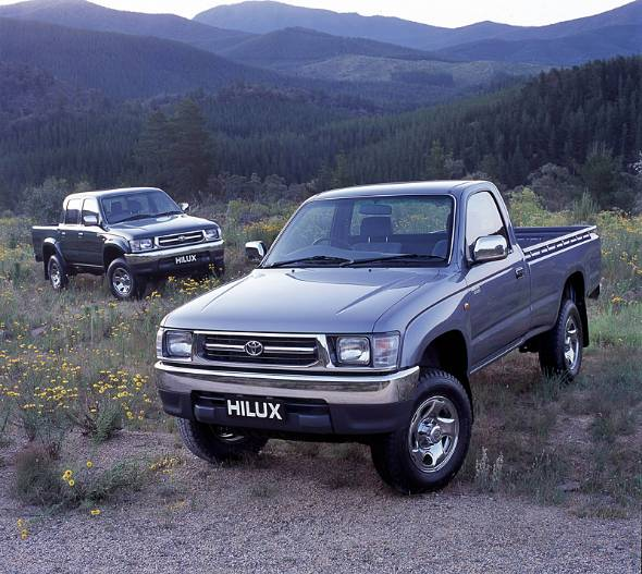 国内商用車のサイズで作られた最後のハイラックス。このモデルを最後に13年間国内販売が中断した