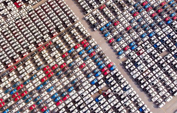 低迷を続ける日本経済。そうした状況を自動車業界の観点から整理し直したい