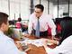 「年下上司」×「年上部下」、職場でもめない付き合い方は 調査で解明