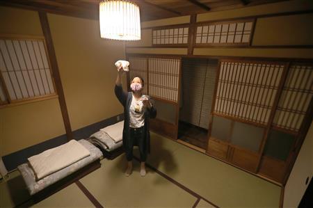 Go To格差 低価格宿ため息 割安な高級宿に客集中