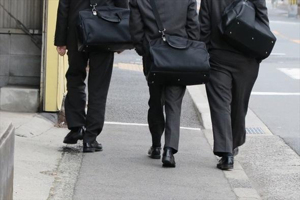 高校生の通学バッグ
