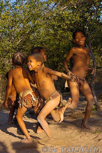 ナミビア サン族