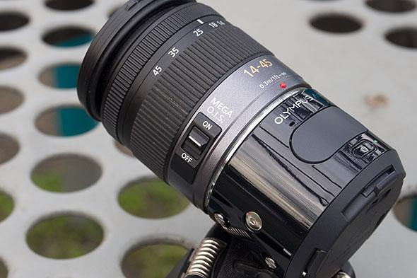 LUMIX G VARIO 14-45mm / F3.5-5.6 ASPH. / MEGA O.I.S.