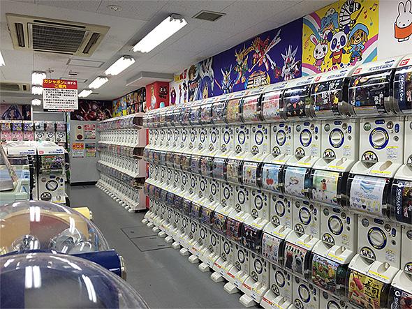 ヨドバシカメラ 新宿西口 ガシャポン館