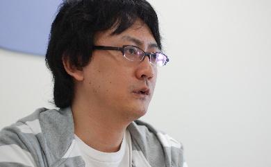 吉田健吾氏