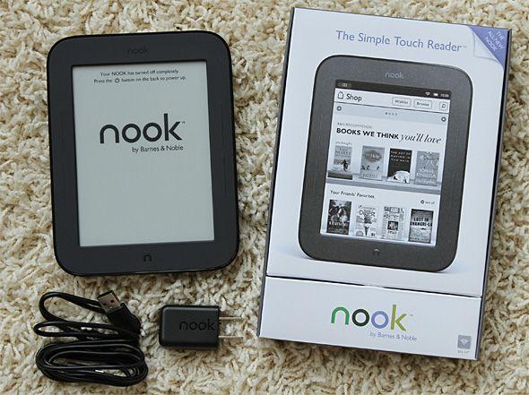 NOOK 2のパッケージと本体