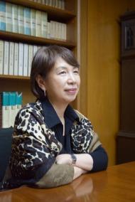 「女性」を描き続けてきた30年間——唯川恵さんインタビュー