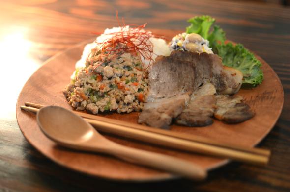 香草ごはんトカゲの肉添え(900円)