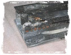 図1 無残に破損してしまった電気自動車のモーターコントローラ(提供:Otmar Ebenhoech氏)