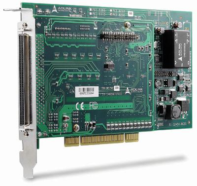 図1 ステッパ/サーボコントローラ機能を提供するボードの例