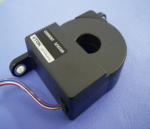 写真A 5V単電源仕様のハイブリッド車用電流センサー(提供:TDK)