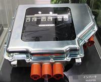 図20 富士重工業の次世代電気自動車用インバータ