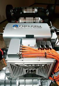 写真2 エクイノックスの燃料電池システム(提供:GMAJ)
