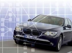 ドイツBMW社の新型「BMW 7シリーズ」は、バックボーンネットワークの車載LAN規格としてFlexRayを採用した。接続ノード数は、FlexRayを世界で初めて採用した「BMW X5」の5個に対して、新型7シリーズは13個。同規格をより本格的に活用した例となっている。