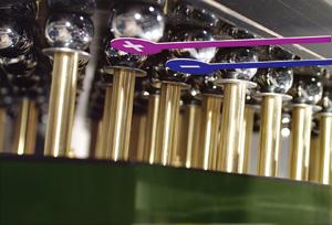写真1 プリント基板に実装されたFPGA