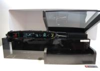 写真6矢崎計器のセンターメーターとヘッドアップディスプレイ