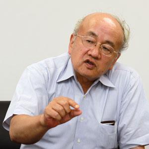 コダマヒデヨ 1971年、東京大学大学院を修了し、日立製作所に入社。その後、日立研究所において連続鋳造や圧延ロールの凝固制御技術の開発などに従事。2001年、日立研究所所長に就任。2003年、研究開発本部副本部長、2004年、オートモーティブシステムグループCTO兼オートモーティブシステム開発研究所所長を歴任。2009年7月、日立オートモーティブシステムズのCTOに就任。