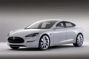 写真1 TeslaMotors社が開発中の「ModelS」