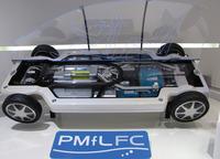 写真11燃料電池システム「PMfLFC」