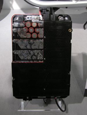 写真2「EC-03」のLiイオン電池モジュール