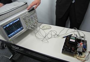 写真3 「AEDR-8500シリーズ」のデモ