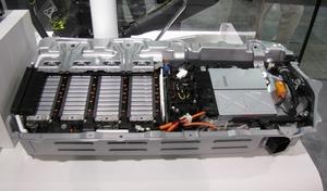 写真1 「シビックハイブリッド」のLiイオン電池パック