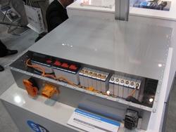 写真2 SBLiMotive社のLiイオン電池パック