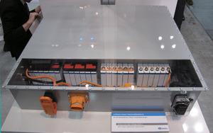 写真11 SBLiMotive社のLiイオン電池パック