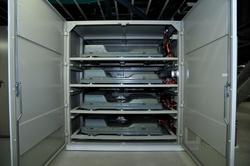写真1 EV用充電システムに用いられている「リーフ」のLiイオン電池パック