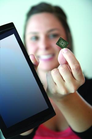 図2 SanDiskの「iSSD」