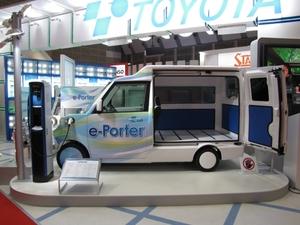 図12 豊田自動織機の「e-Porter」