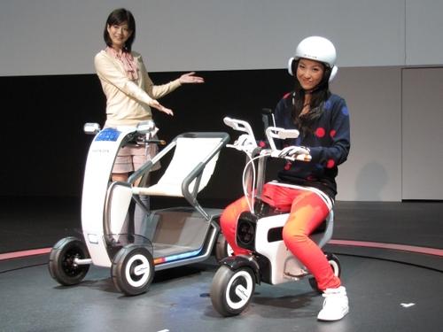 本田技研工業の「MOTOR COMPO」と「TOWNWALKER」