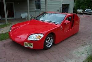 図1 Santini氏が製作した電気自動車
