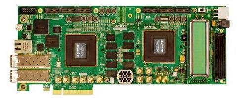 図4 5AGXB3ES FPGAデバイスを搭載したArria V GX FPGA開発ボード
