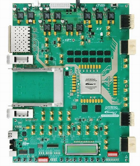 Stratix V GX 100G開発キット