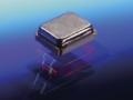 村田製作所と東京電波が共同開発した水晶振動子「HCR」