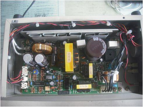 図1:電源基板の写真