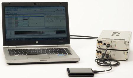 画像1 USB 3.0に対応したプロトコルアナライザ「U4611A」と、ジャマー「U4612A」