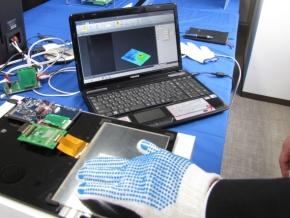 静電容量型タッチパネル制御ICのデモ