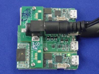 WirelessHD送信ユニットの試作機