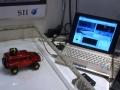 超小型MEMS加速度スイッチのデモの様子